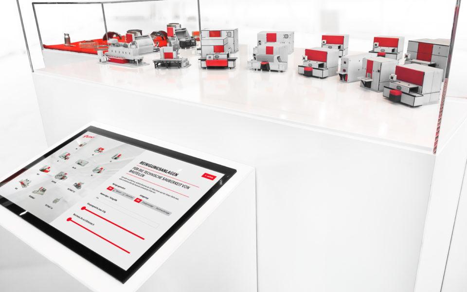 16 3D Modelle der Anlagen und Touchscreen Interface